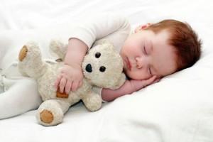 bebe-dormind