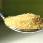 Сколько граммов воды, крупы, сахара или соли  вмещается в чайной или столовой ложке