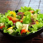 Необычные салаты с обычных продуктов