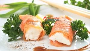 roll-of-cottage-cheese-and-smoked-salmon