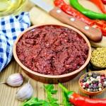 Пять жгучих соусов, которые можно приготовить дома