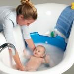 Как выбрать средства для купания новорождённых