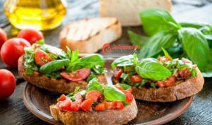 brusketta-s-pomidorami-i-bazilikom-559x330