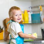 Как приучить ребенка к уборке и порядку