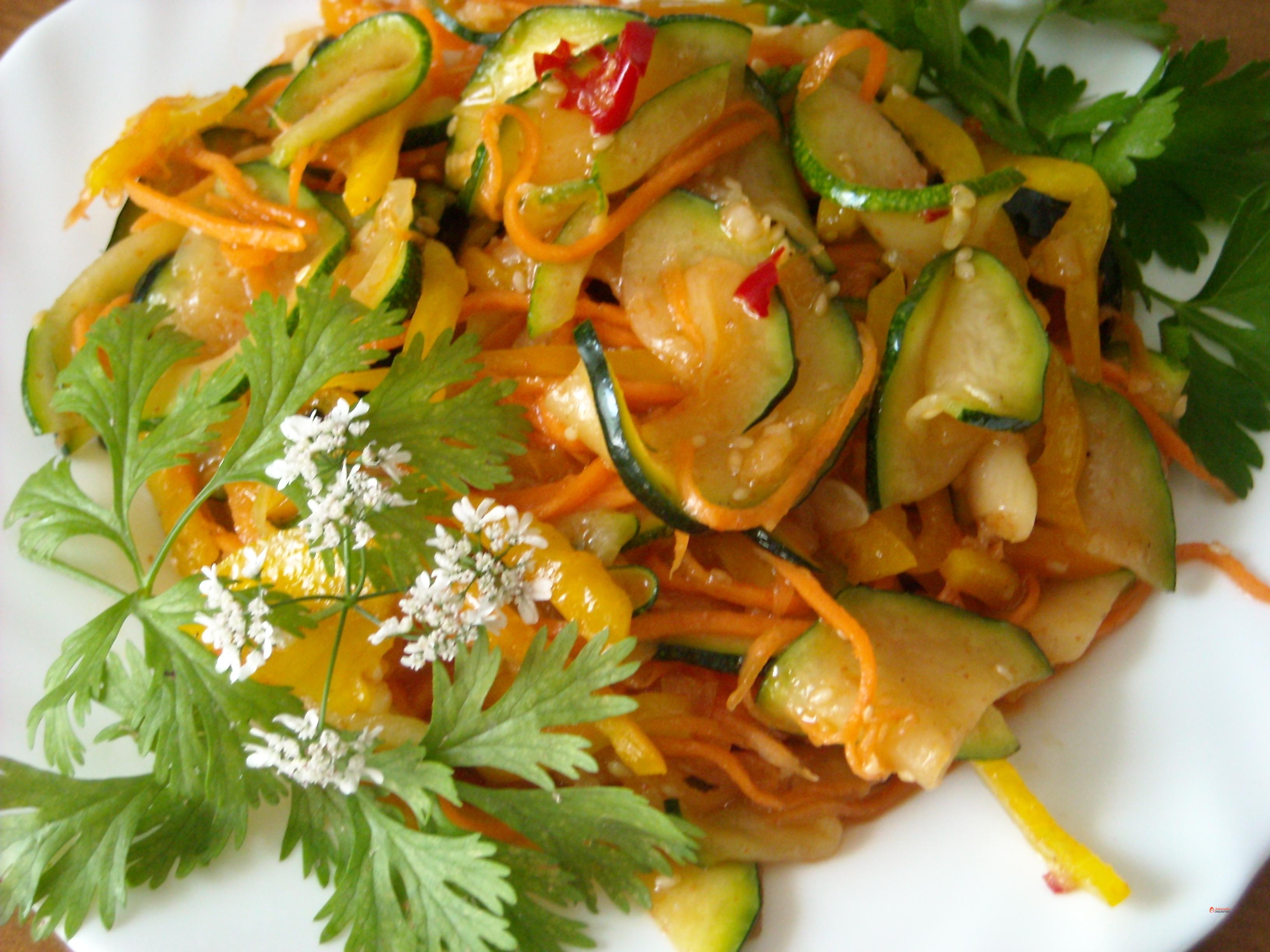 Рецепт салата из кабачков пошагово