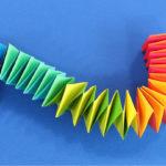 Змейка из бумаги: Движущиеся оригами